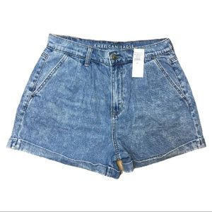 American Eagle Mom Shorts Acid Wash Pleated Denim